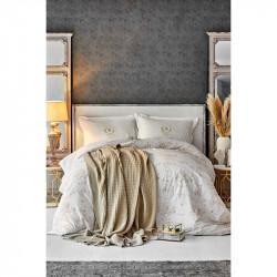 Набор постельное белье с пледом Quatre delux gold золотой Karaca Home